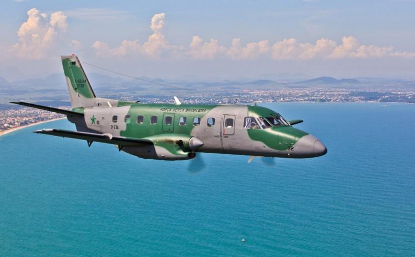 Voo de demonstração do C-95CM, Bandeirante Modernizado, Sobre o Rio de Janeiro no dia 08/02/2012.