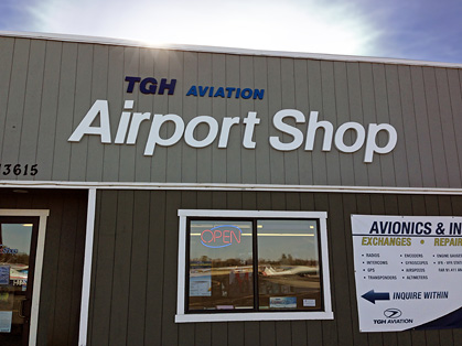 TGH Aviation Airport Shop